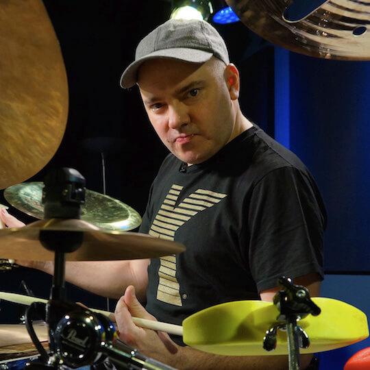 Gabor Dornyei on Drumeo