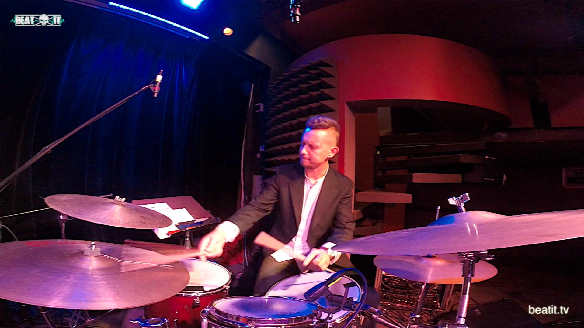 "Robert Rasz & Marcin Łosik Trio – ""Emotional Phrasing"" LIVE"
