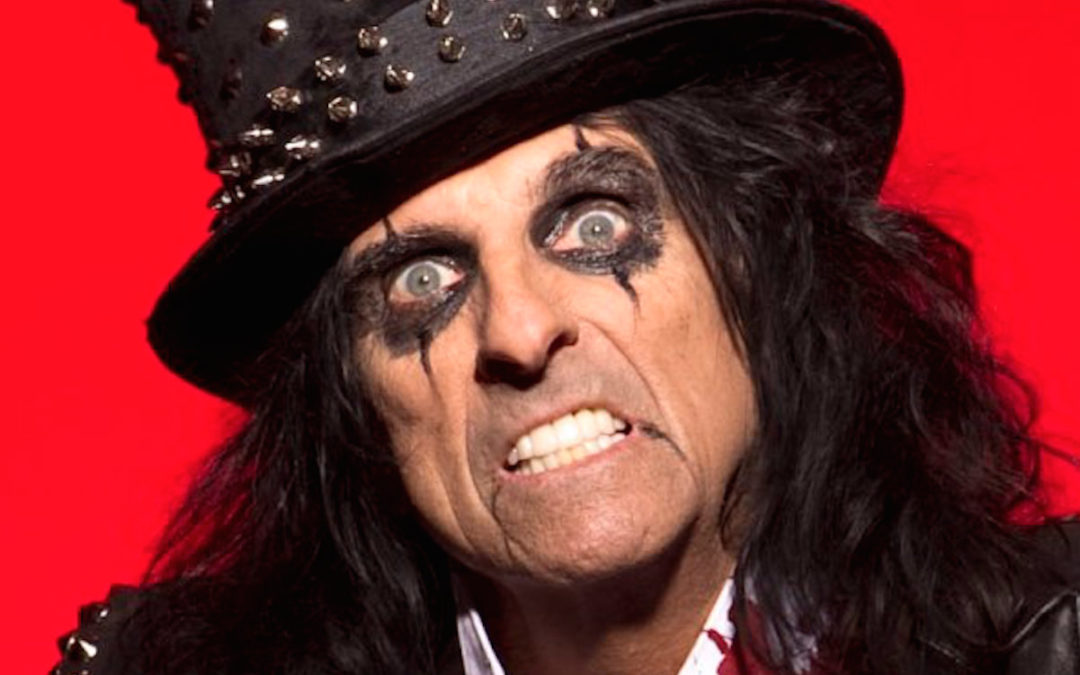 Alice Cooper Talks About Working With Larry Mullen Jr.