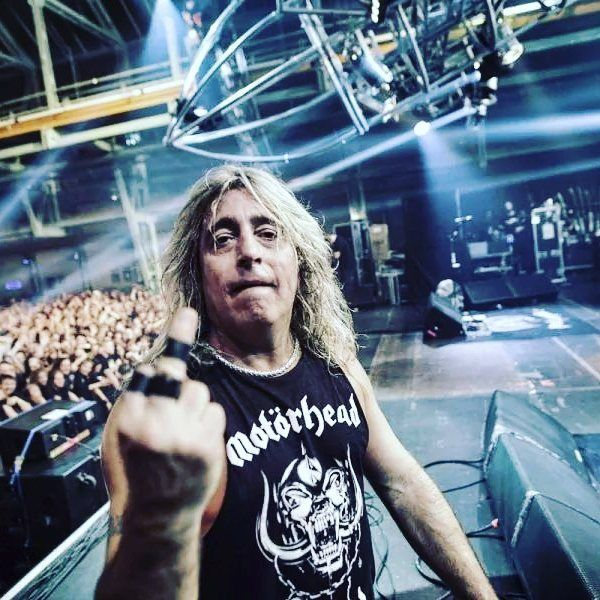 Mikkey Dee to unveil an art collection