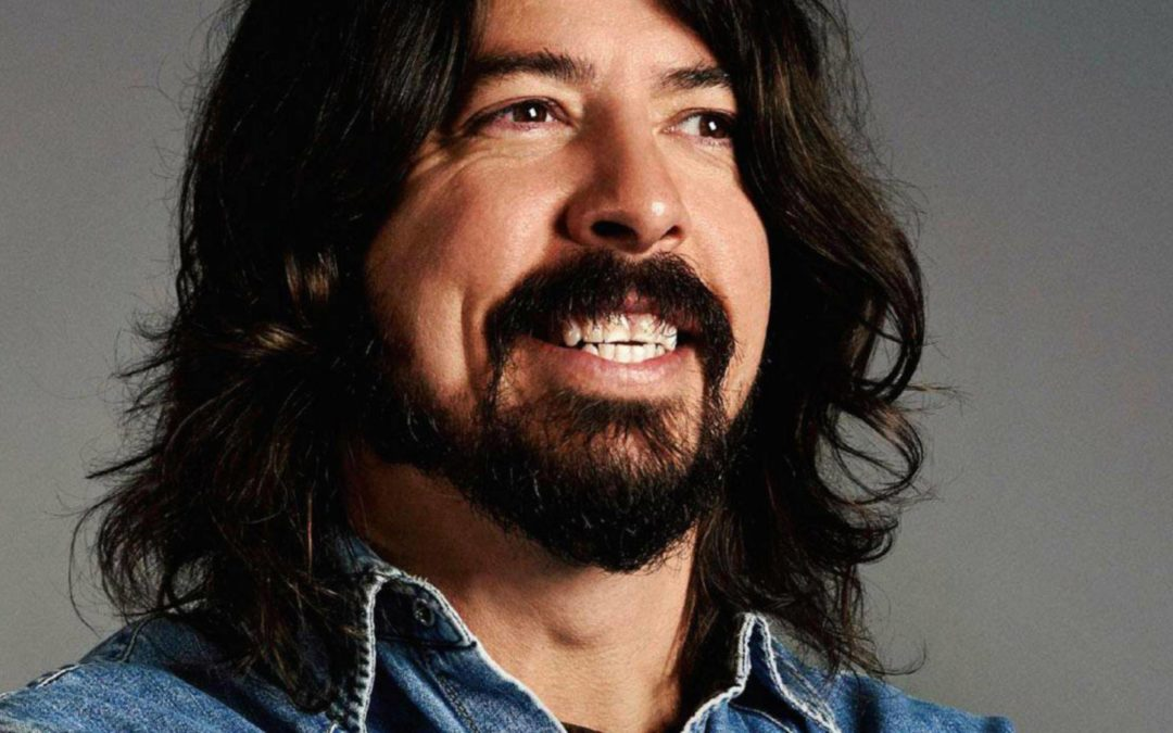 Dave Grohl pranks fans in Sweden