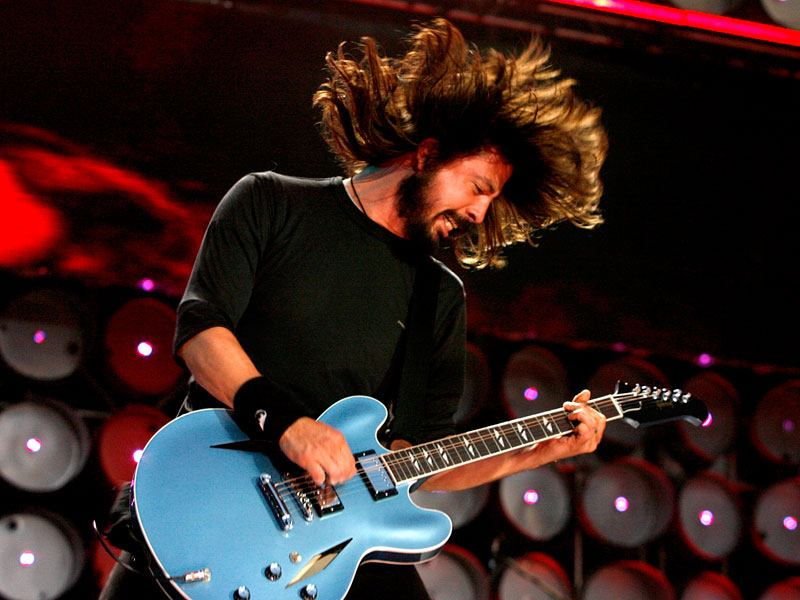Foo Fighters frontman fells he is primarily a drummer
