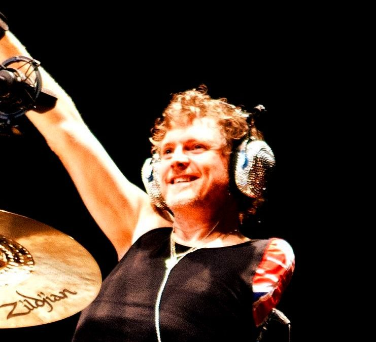 "Rick Allen goes on ""Drums For Peace"" tour"