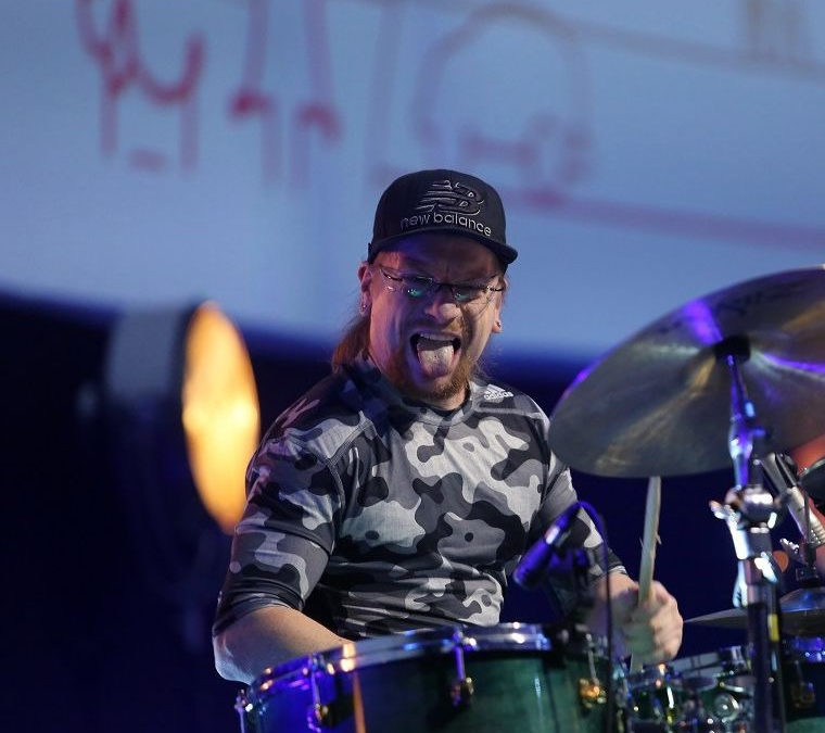 Disabled drummer Vlodi Tafel honoured in the 'People Without Barriers' contest