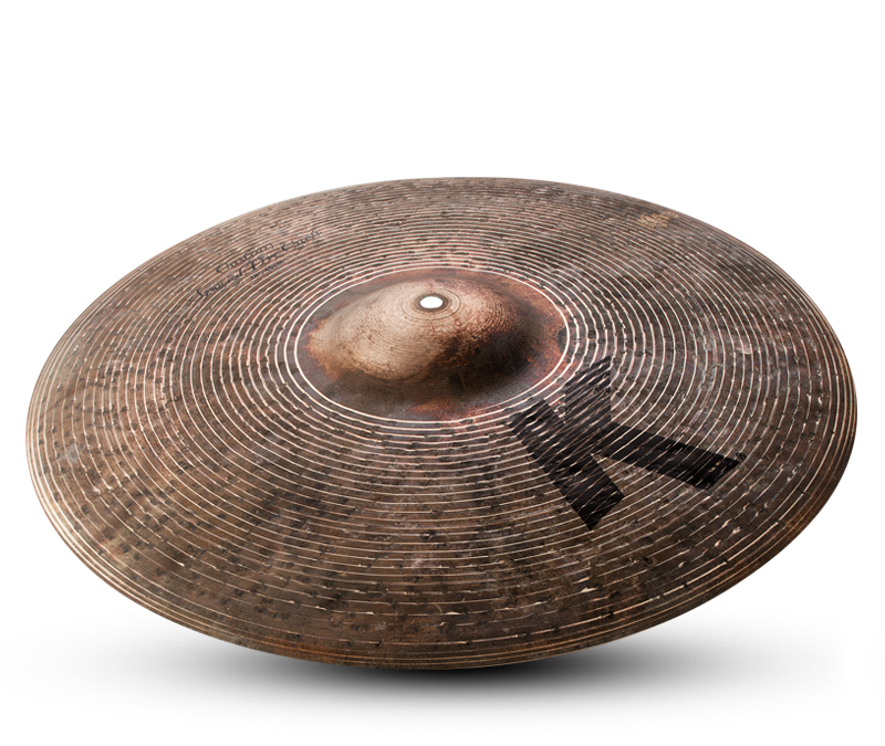 Radek Owczarz tests a 18″ Zildjian K Custom Special Dry Crash