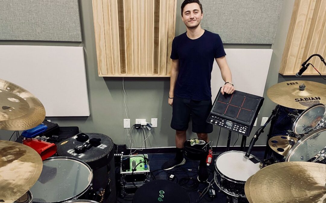 Nic Collins Joins The Porter & Davies Family of Artists!